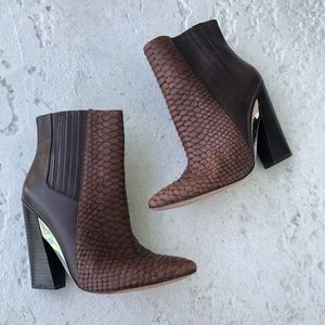 BCBG Generation brown heel boots size 9